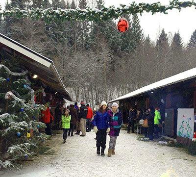 Foto från Julmarknad på Färsta Ridcenter
